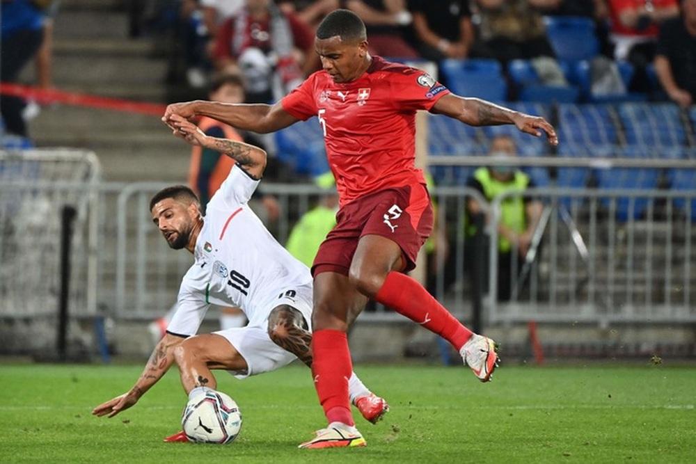 Jorginho đá hỏng 11m, Italy hoà Thuỵ Sĩ trong trận cầu không bàn thắng - Ảnh 5.