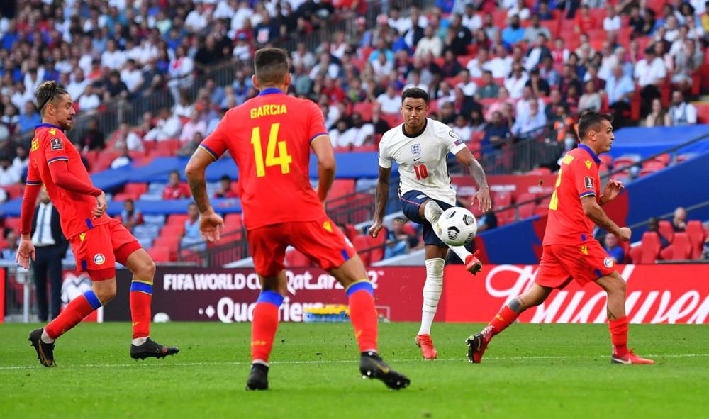 Lingard gây sốt với màn trình diễn 10 điểm và pha ăn mừng như Ronaldo - Ảnh 7.