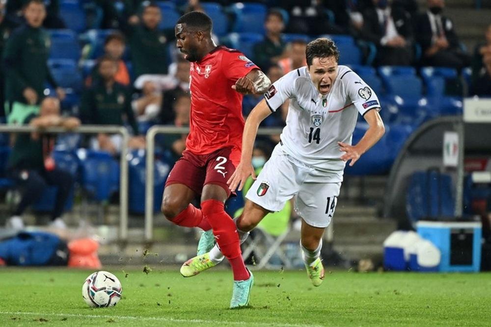 Jorginho đá hỏng 11m, Italy hoà Thuỵ Sĩ trong trận cầu không bàn thắng - Ảnh 8.
