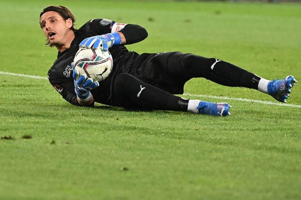 Jorginho đá hỏng 11m, Italy hoà Thuỵ Sĩ trong trận cầu không bàn thắng - Ảnh 9.
