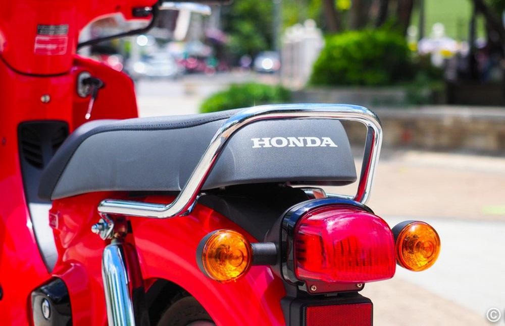 Ra mắt xe máy Super Cub phá đảo tiết kiệm xăng, uống 1,4 lít/100km, giá cực thơm - Ảnh 3.