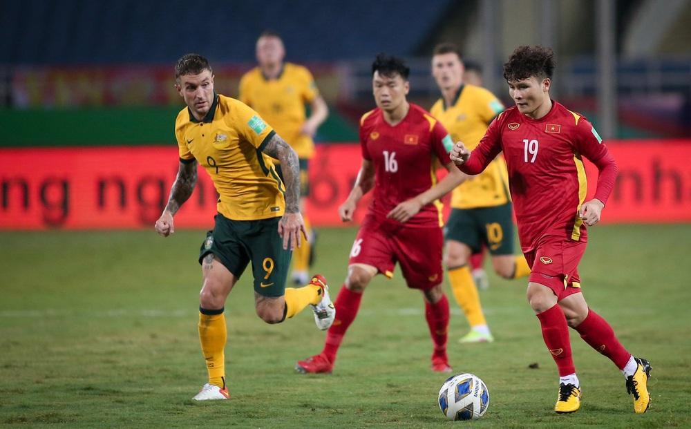 HẾT GIỜ Việt Nam 0-1 Australia: Trọng tài gây tranh cãi, Việt Nam kiên cường trước đội hạng 3 châu Á