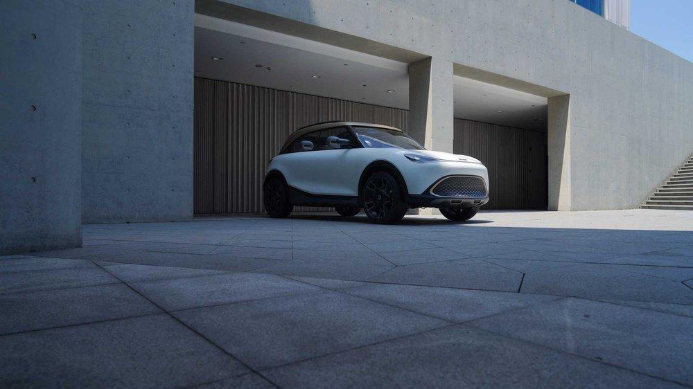 Chiêm ngưỡng mẫu xe ô tô lạ chưa từng thấy, vừa nhìn đã thấy mê mẩn - Ảnh 1.