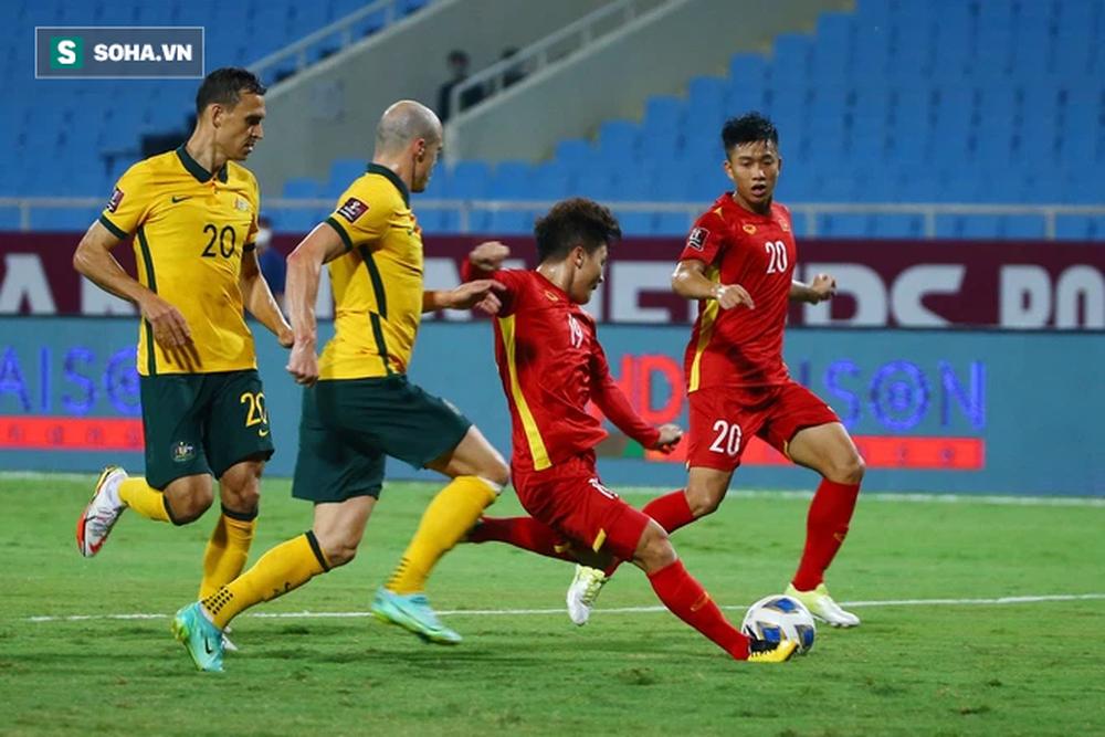 Tuyển Việt Nam bị FIFA trừ nhiều điểm sau trận thua Australia, thầy Park bỏ lỡ cột mốc lịch sử - Ảnh 1.