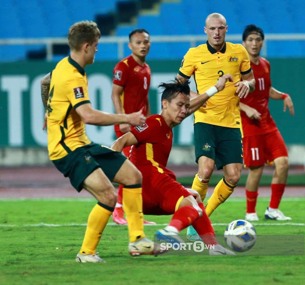 Fan châu Á hết lời khen tuyển Việt Nam sau trận đấu kiên cường trước Australia - Ảnh 1.