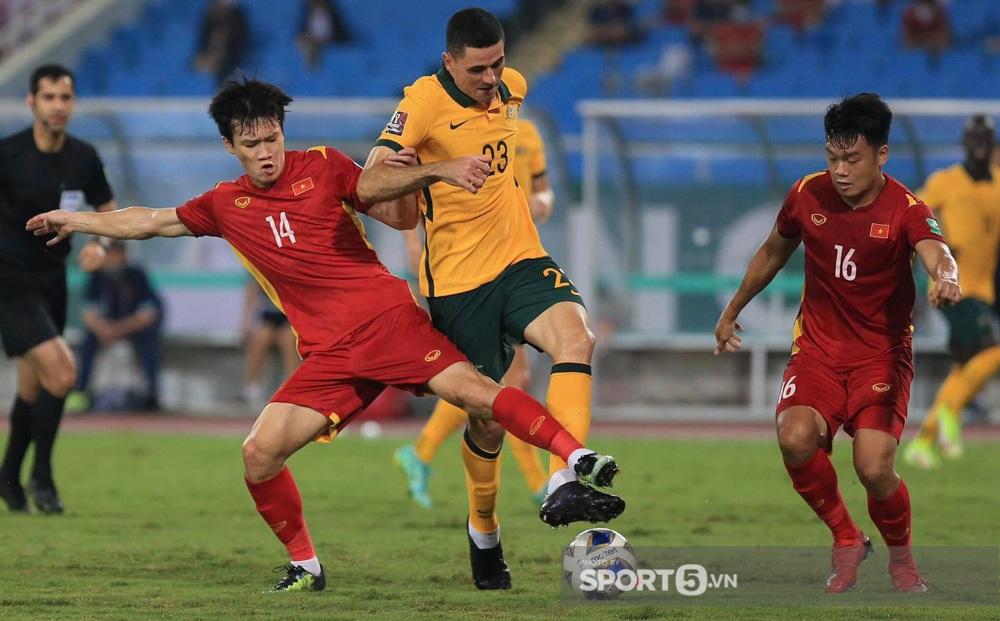 Fan châu Á hết lời khen tuyển Việt Nam sau trận đấu kiên cường trước Australia