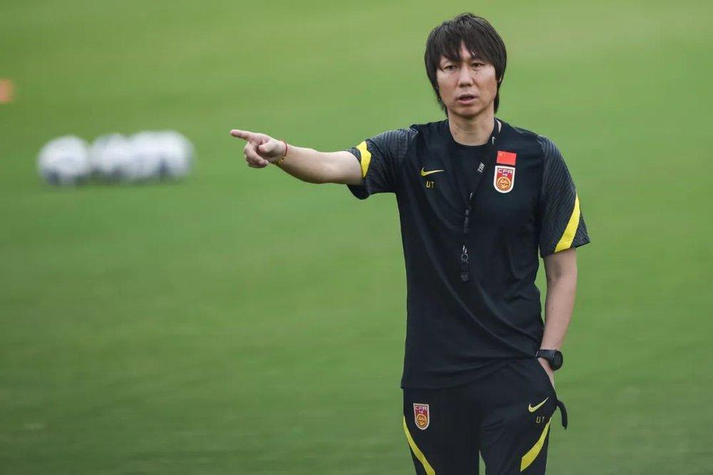 Phóng viên Nhật Bản đánh giá Trung Quốc yếu nhất bảng, Việt Nam đá hay hơn mong đợi - Ảnh 3.