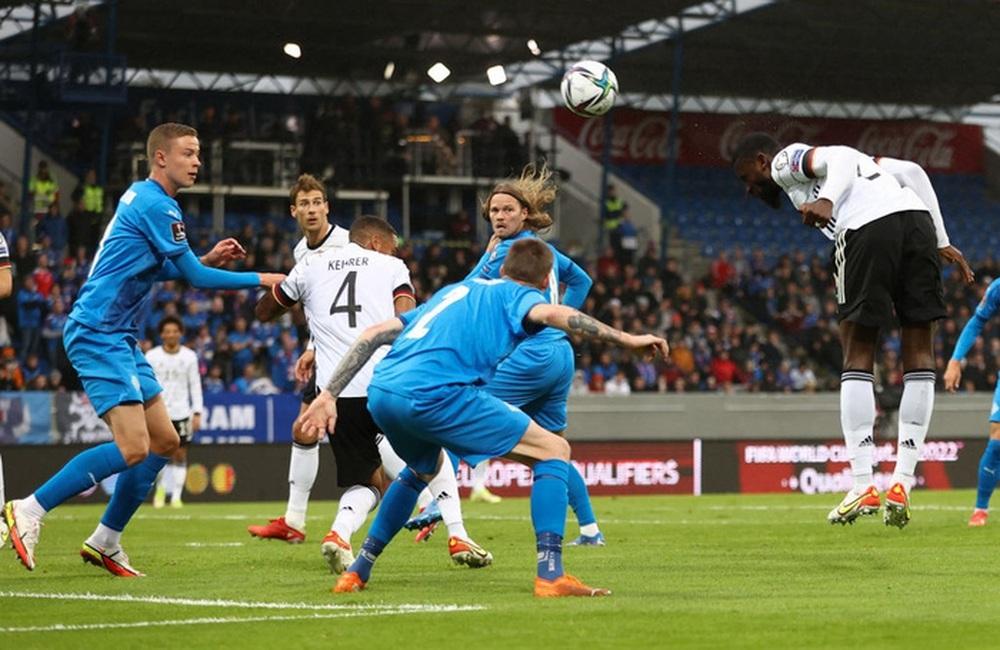 Hàng công phung phí cơ hội, Đức vẫn dễ dàng đè bẹp Iceland - Ảnh 2.