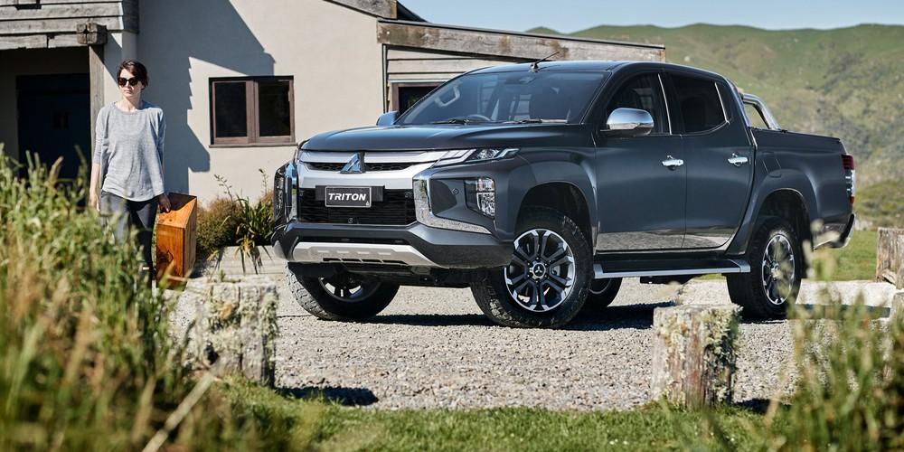 Không tham gia 'cuộc đua' giảm giá, Mitsubishi Triton còn nguyên một thứ 'ăn đứt' huyền thoại bán tải Mỹ Ford Ranger - Ảnh 3.