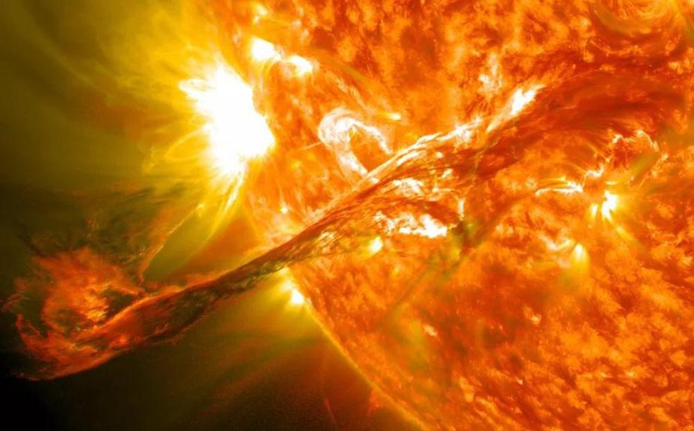Bão Mặt Trời sẽ là 'ngày tận thế' của Internet?