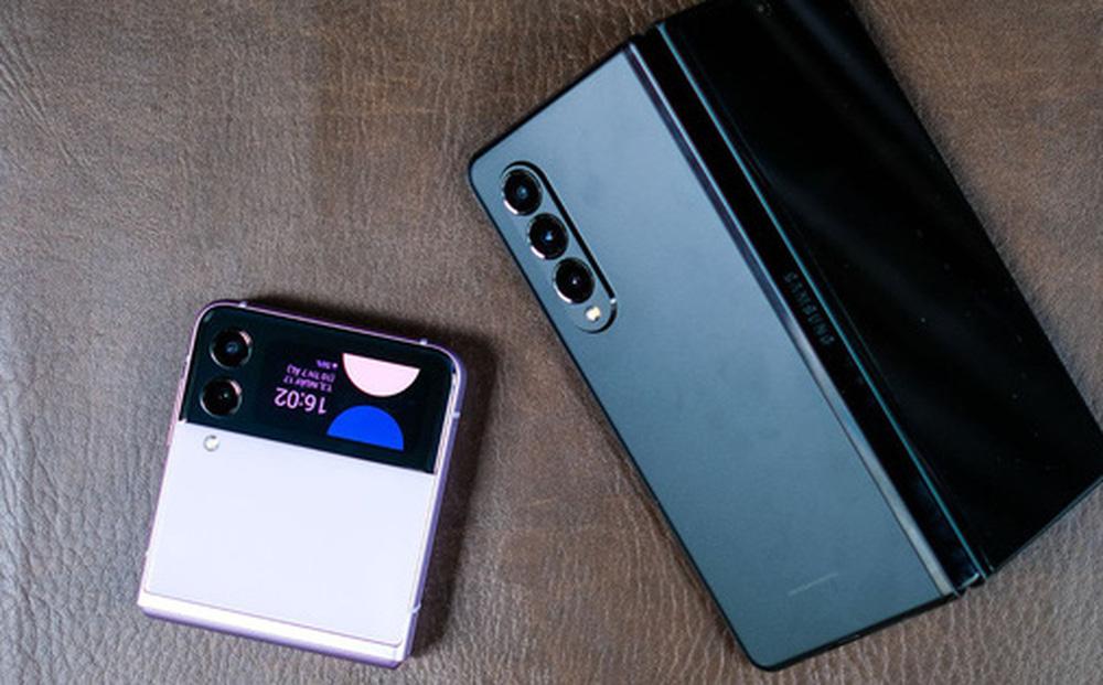 """Điện thoại gập của Samsung cháy hàng tại Việt Nam, người dùng phải """"xếp hàng"""" chờ đến tháng 10"""