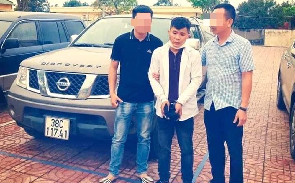 Trộm ô tô bán tải vượt gần 300km để gặp bạn gái quen qua mạng