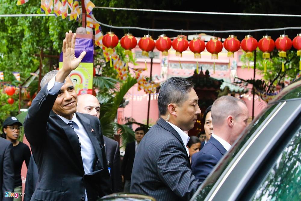15 hình ảnh thân thiện của Tổng thống Obama ở Việt Nam - Ảnh 13.