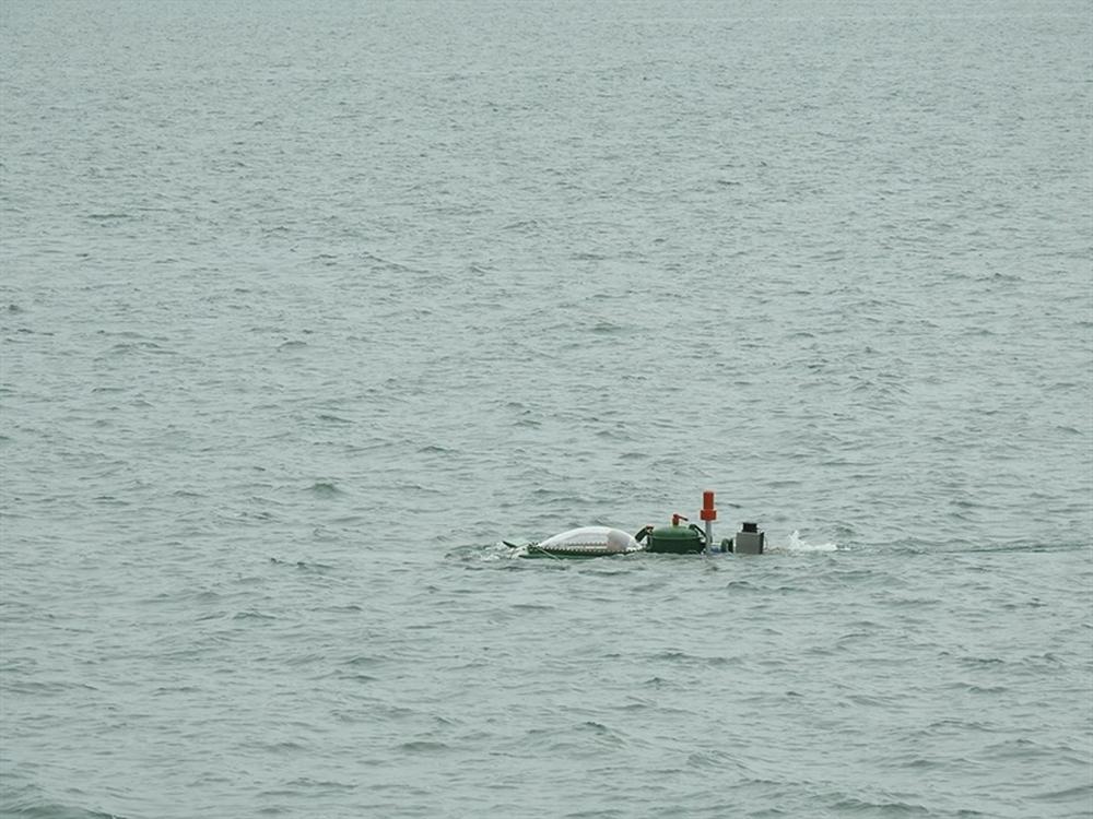 Hình ảnh độc khi tàu ngầm mini Hoàng Sa ra đại dương - Ảnh 5.