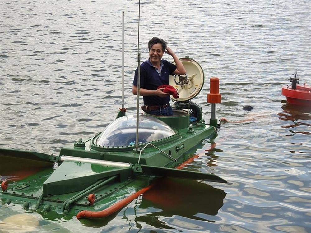 Hình ảnh độc khi tàu ngầm mini Hoàng Sa ra đại dương - Ảnh 9.