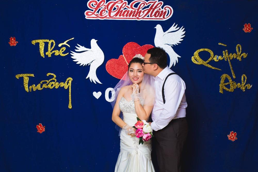 Bộ ảnh 100 năm đám cưới Việt Nam khiến người xem vừa lạ vừa quen - Ảnh 12.