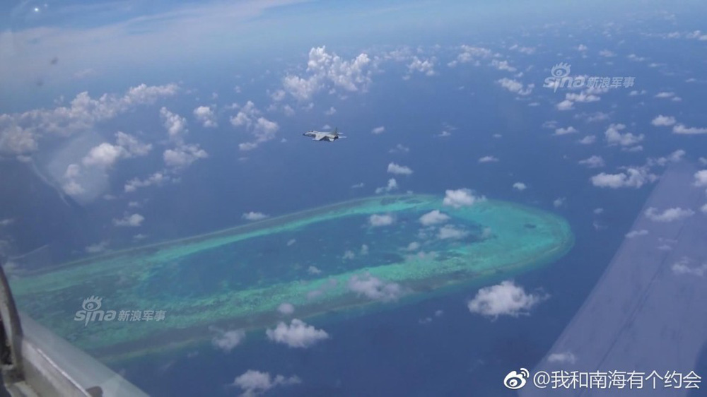 Trung Quốc đe dọa quốc gia nào ở Biển Đông khi cho JH-7 trình diễn Voi đi bộ? - Ảnh 9.