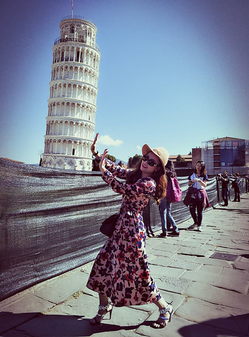 Cô gái gốc Việt gây tranh luận khi bỏ ra khoản tiền khủng đi du lịch Châu Âu - Ảnh 9.