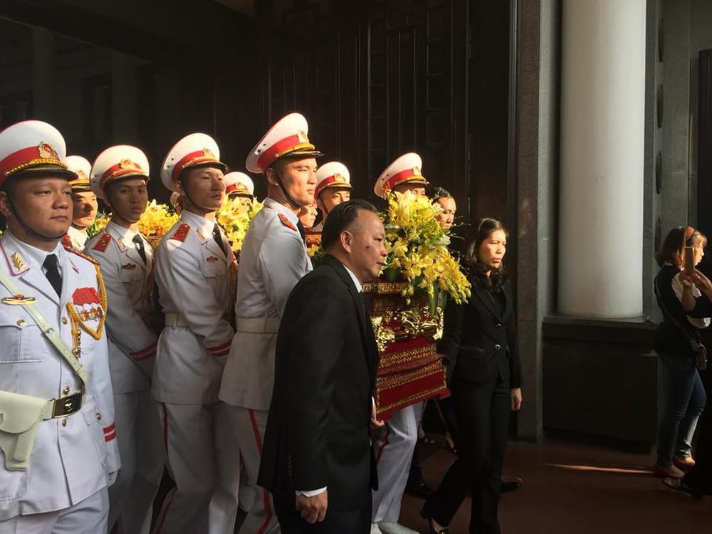 Tang lễ cụ Hoàng Thị Minh Hồ: Trưởng nam công khai di nguyện của cụ bà trước khi mất - Ảnh 3.