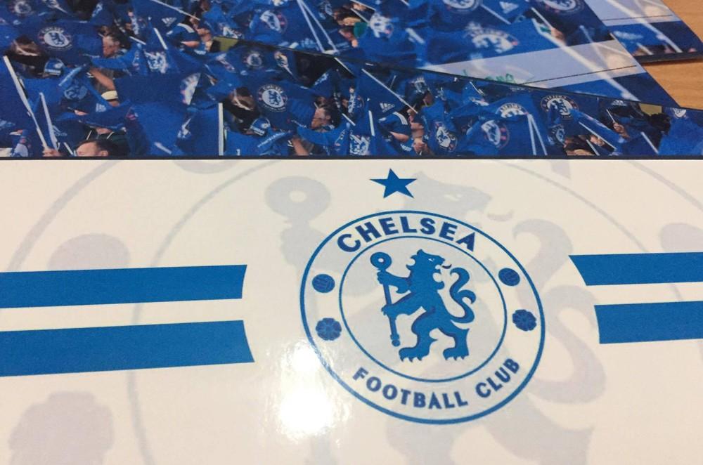 Khi cặp đôi cùng là fan cuồng Chelsea quyết định về chung một nhà, điều gì sẽ xảy ra? - Ảnh 2.
