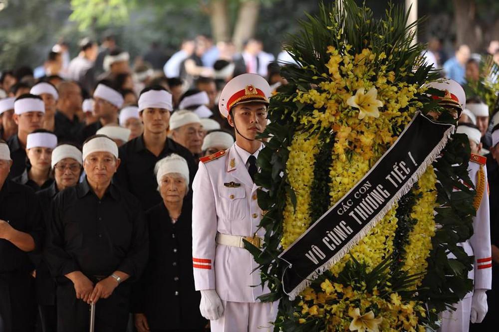 Tang lễ cụ Hoàng Thị Minh Hồ: Trưởng nam công khai di nguyện của cụ bà trước khi mất - Ảnh 21.