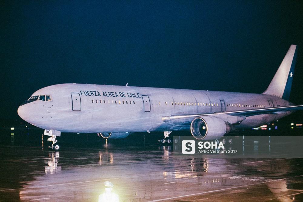 [ẢNH] Nhìn lại dàn máy bay, chuyên cơ khủng đổ về Đà Nẵng trong Tuần lễ Cấp cao APEC - Ảnh 9.