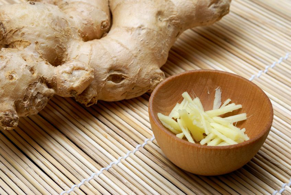 Những bài thuốc quý từ lá ngải cứu bạn nên biết để chữa bệnh mùa hè, phòng bệnh mùa đông - Ảnh 7.