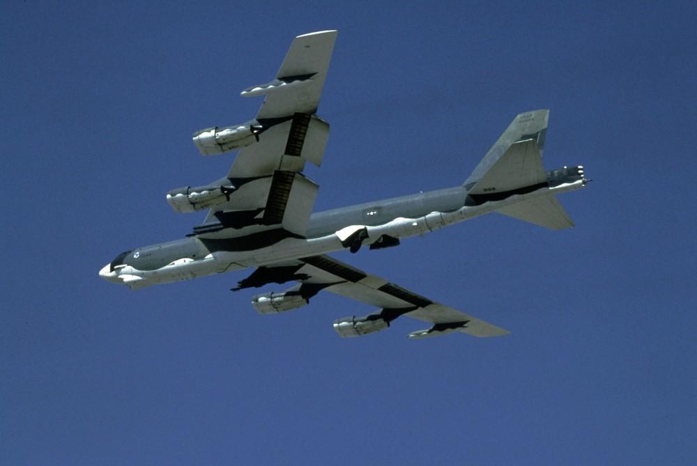 B-52 được lệnh tự do chuyển hướng vẫn rụng như sung trước tên lửa VN: Chuyện gì đã xảy ra? - Ảnh 1.