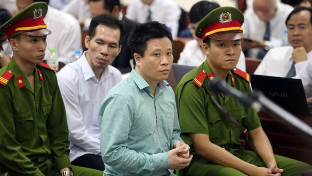 """""""Cuộc gặp 800 tỷ"""" của ông Đinh La Thăng và Hà Văn Thắm sau cú phone của Nguyễn Xuân Sơn - Ảnh 1."""