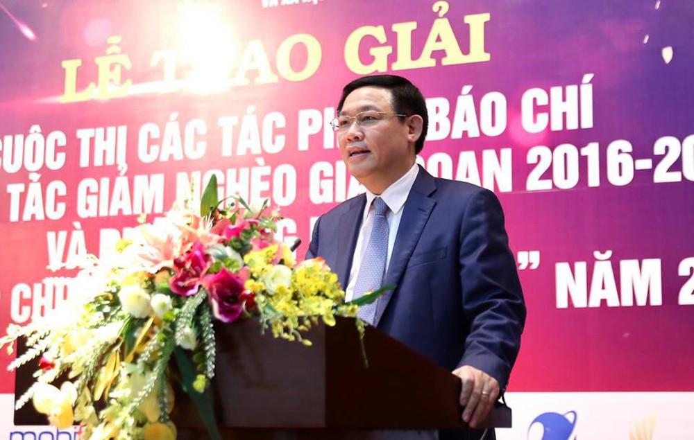 Phó Thủ tướng Vương Đình Huệ cùng các Bộ trưởng phát động nhắn tin ủng hộ người nghèo - Ảnh 3.