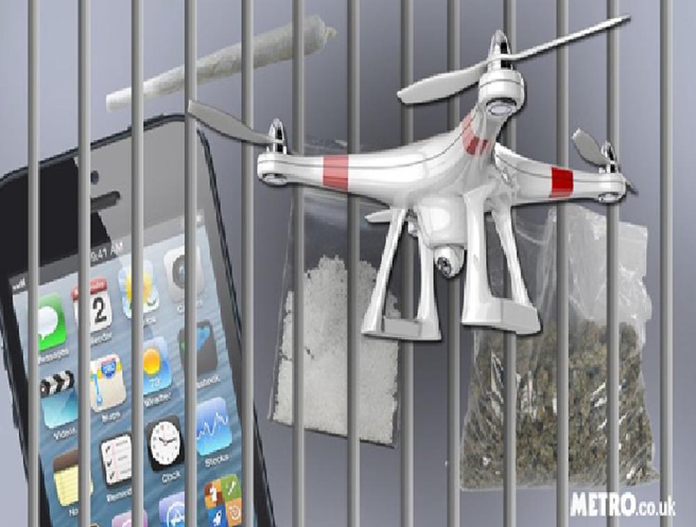 Chuyện khó tin: Tù nhân đặt ma túy qua điện thoại và nhận hàng ngay cửa sổ buồng giam - Ảnh 2.