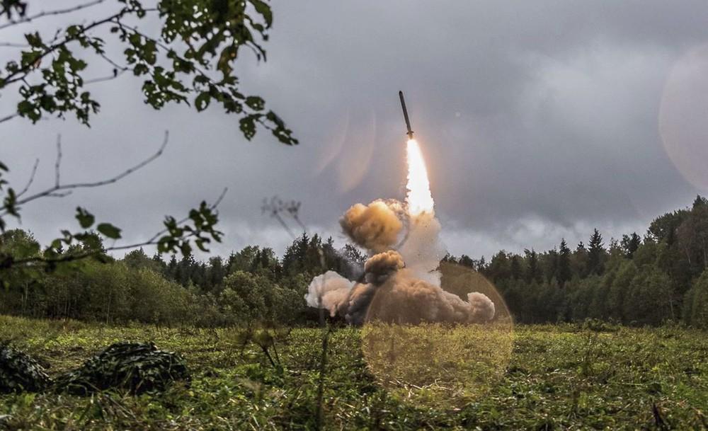 Rút khỏi Hiệp ước INF với Nga, Mỹ đang chuẩn bị cho trận đánh chiến lược với Trung Quốc? - Ảnh 3.