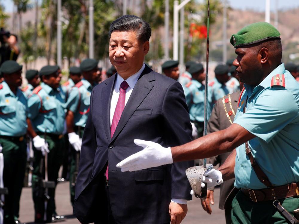 Ông Tập Cận Bình thăm nước chủ nhà APEC 2018: Một hành động bất thường đã xảy ra - Ảnh 8.