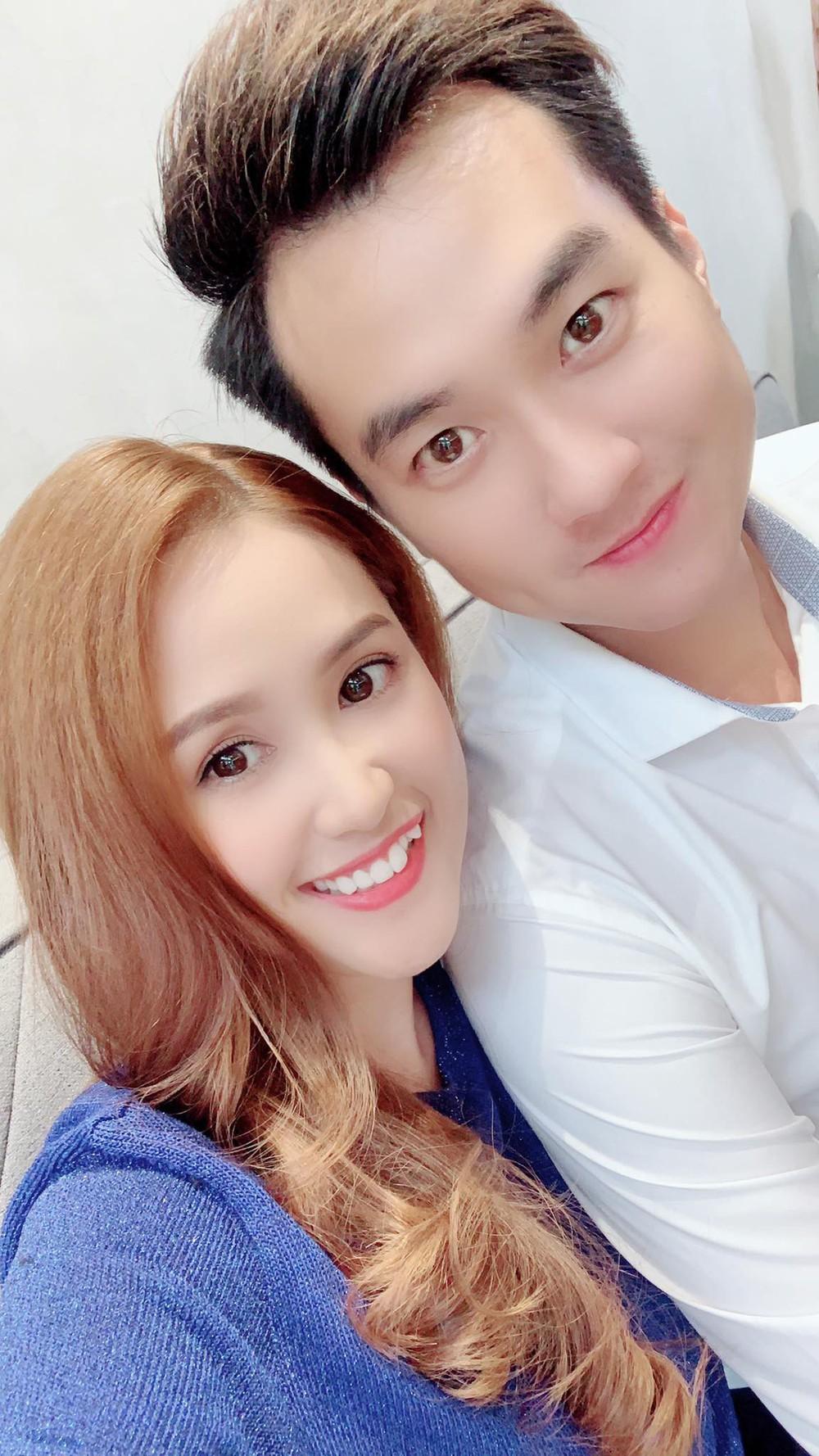 """Hoa hậu Mai Phương Thúy và Phương Hằng """"Gạo nếp gạo tẻ"""" giống nhau như chị em một nhà - Ảnh 1."""