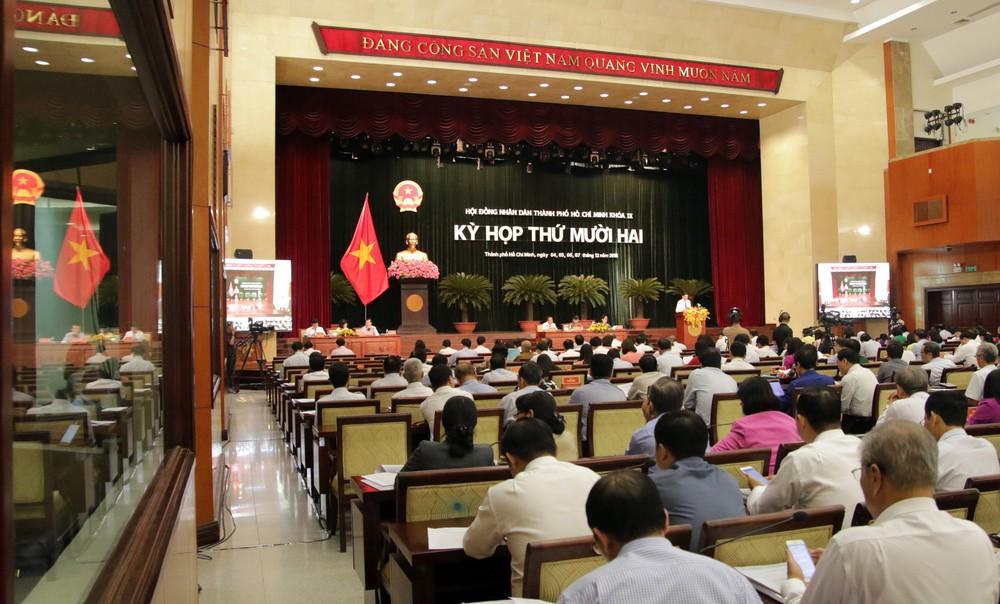Ông Nguyễn Thành Phong: Kiểm tra thường xuyên làm giảm sự năng động của công chức - Ảnh 1.