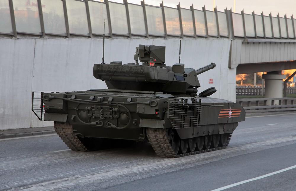 Xe tăng Armata, tên lửa Yars và tiêm kích Su-57 đã mắc kẹt trong nhà máy: TT Putin ra tay - Ảnh 3.