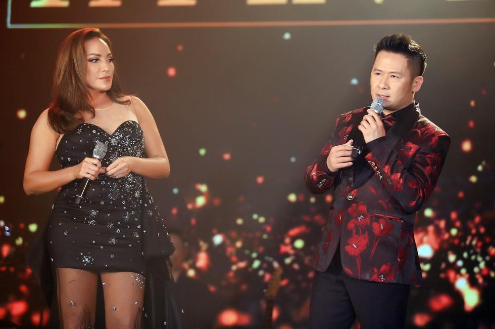 Ca sĩ Thanh Hà nóng bỏng hút mắt trên sân khấu - Ảnh 6.