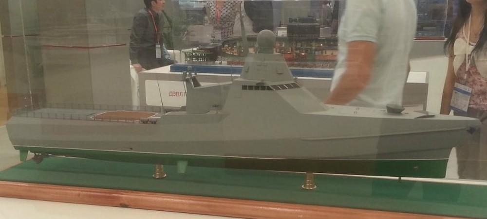 Lộ diện hình ảnh đầu tiên về tàu hộ vệ tàng hình Dự án 22160 của Hải quân Nga - Ảnh 2.