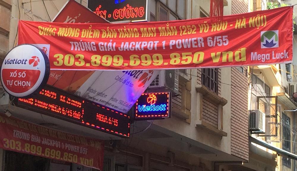 """Chủ đại lý bán tấm vé Vietlott 300 tỷ: Người trúng biết tin nhưng chẳng dám quay lại cửa hàng"""" - Ảnh 3."""