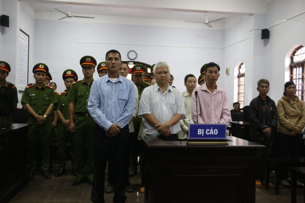 Nổ súng làm chết 3 người, Đặng Văn Hiến gửi đơn lên Chủ tịch nước xin miễn tội chết - Ảnh 1.