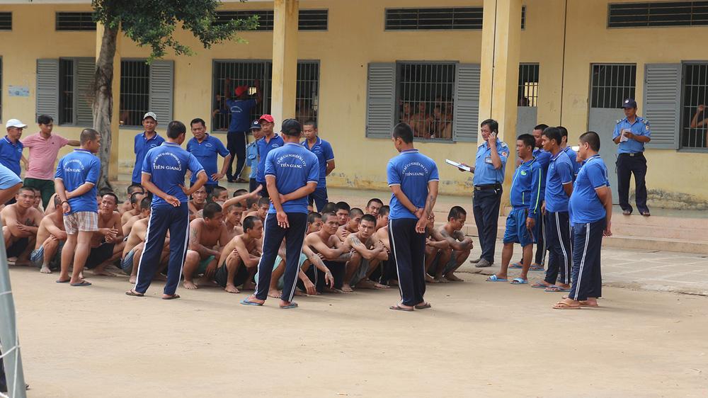 Học viên cai nghiện ở Tiền Giang: Đi làm về mệt mỏi, xếp màn không ngay cũng bị đánh - Ảnh 3.