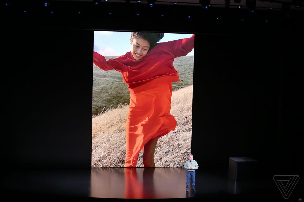 Gương mặt cô gái tóc vàng vụt sáng trong sự kiện Apple ra mắt iPhone 2018 - Ảnh 6.