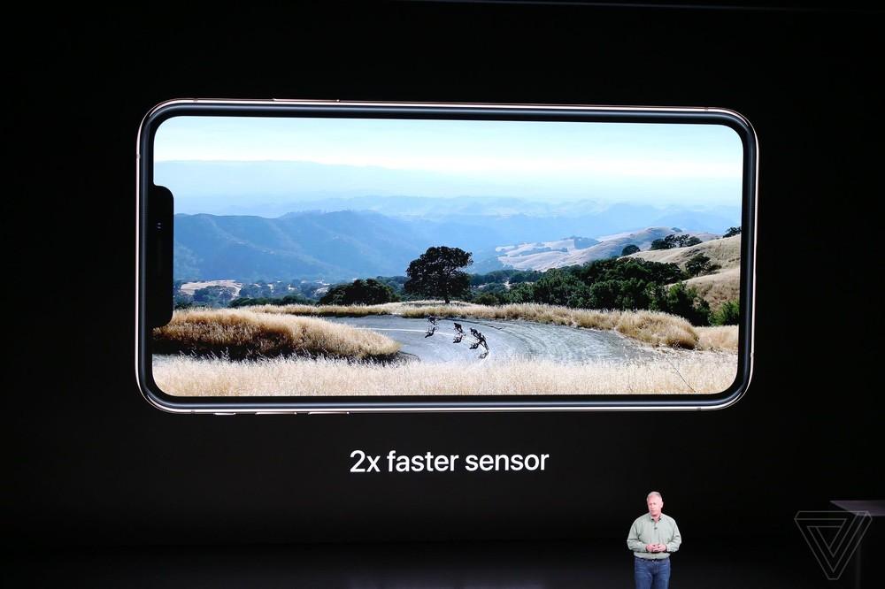 Gương mặt cô gái tóc vàng vụt sáng trong sự kiện Apple ra mắt iPhone 2018 - Ảnh 7.