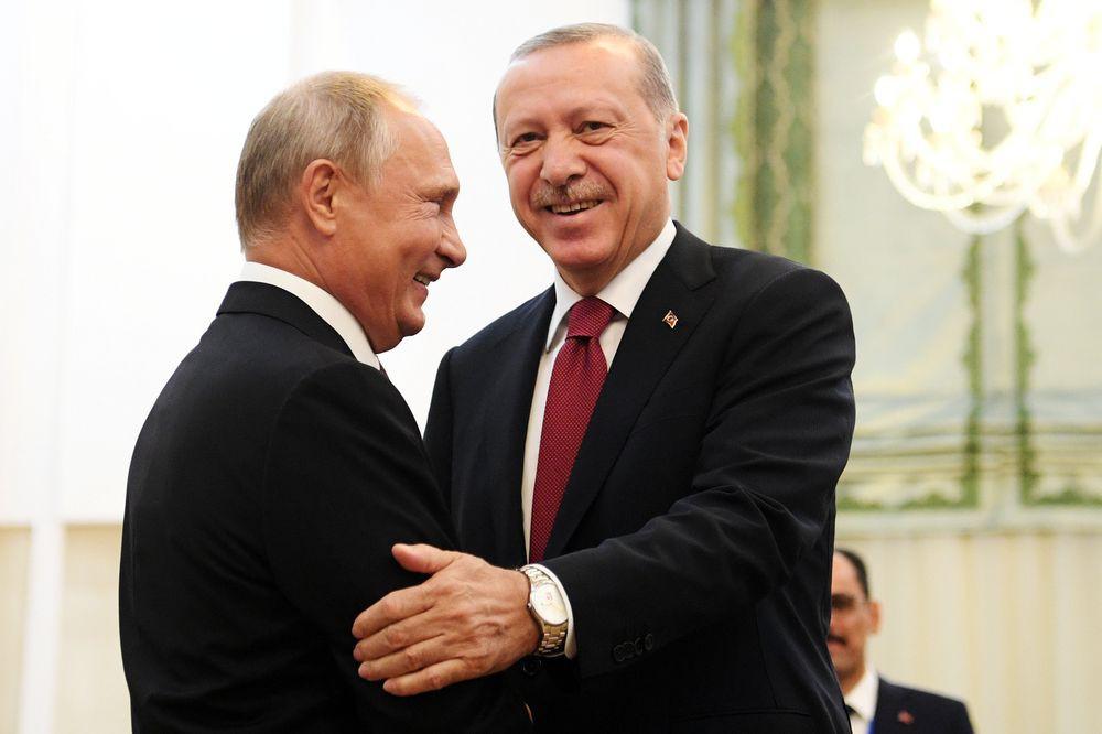 Bật Nga, Thổ thẳng tay bơm vũ khí vào Idlib giúp phe đối lập tử thủ trước quân Assad - Ảnh 1.