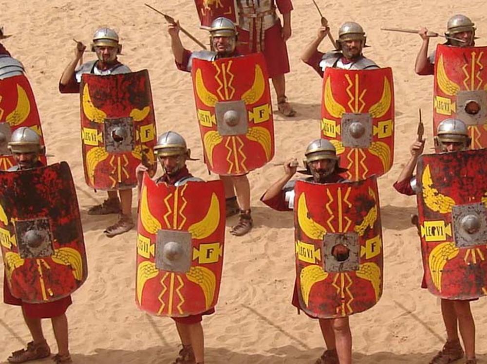 Ba kiểu dàn trận xuất sắc thời La Mã: Loại số 1 là sở trường của mãnh tướng Mark Antony - Ảnh 2.