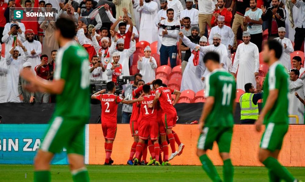 Ghi bàn thắng quý hơn vàng ở phút bù giờ chót, Oman buộc Việt Nam trông cả vào cơ hội cuối cùng - Ảnh 2.
