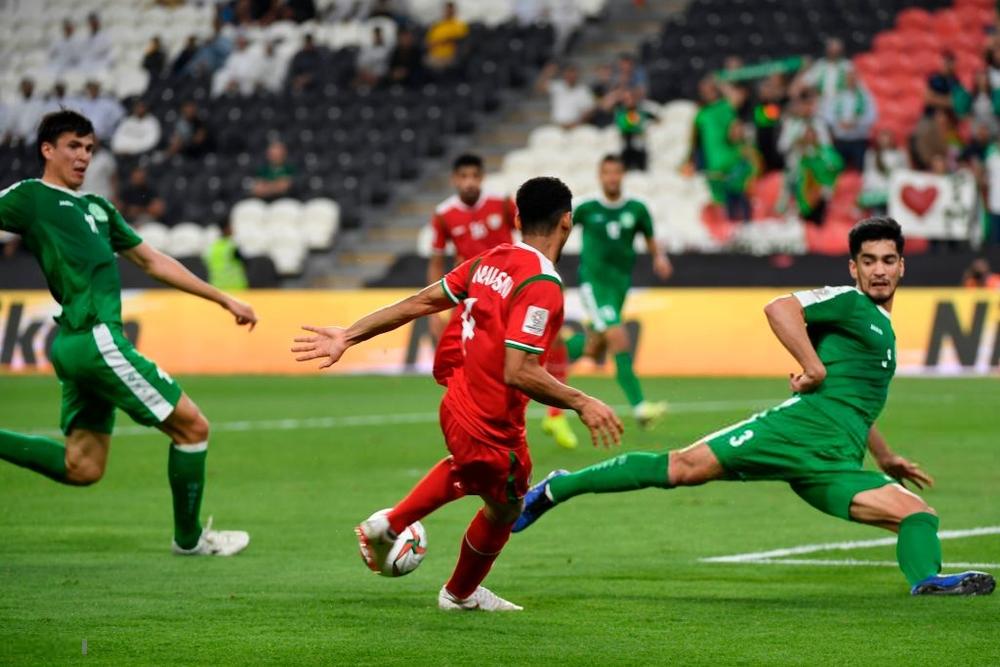 Ghi bàn thắng quý hơn vàng ở phút bù giờ chót, Oman buộc Việt Nam trông cả vào cơ hội cuối cùng - Ảnh 4.