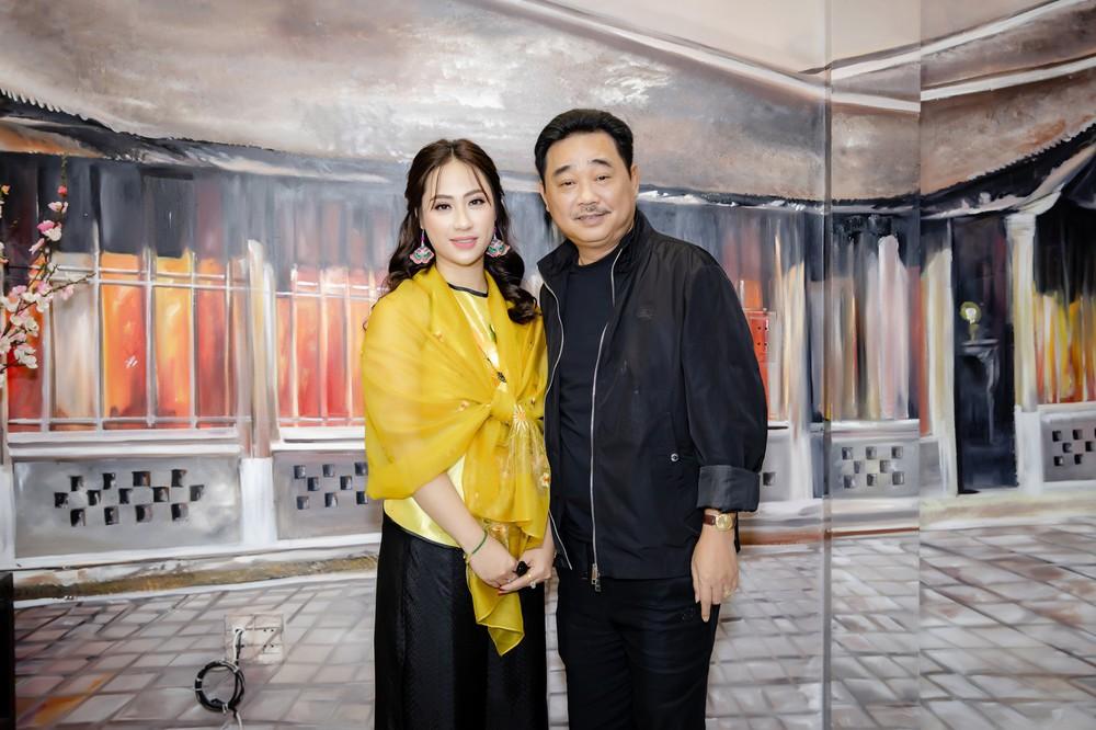 Quốc Khánh chăm chút cho cô Đẩu Công Lý  - Ảnh 9.