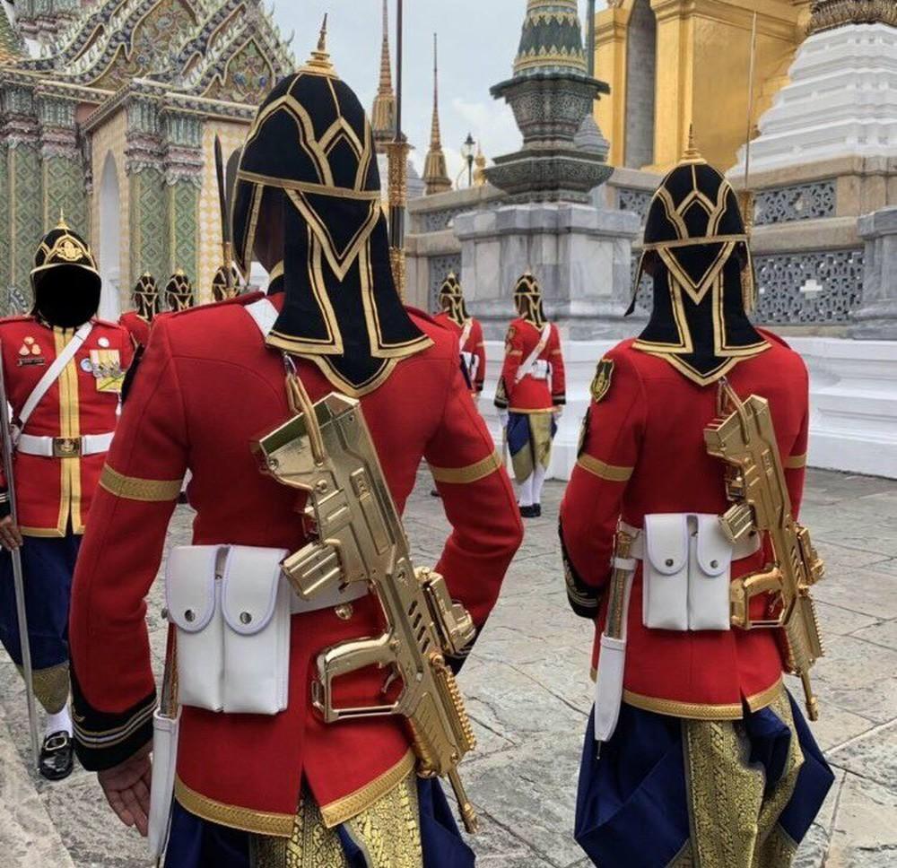 Thân binh không phải để chơi: Quốc vương Thái tương kế tựu kế nhằm kiểm soát quân đội? - Ảnh 1.
