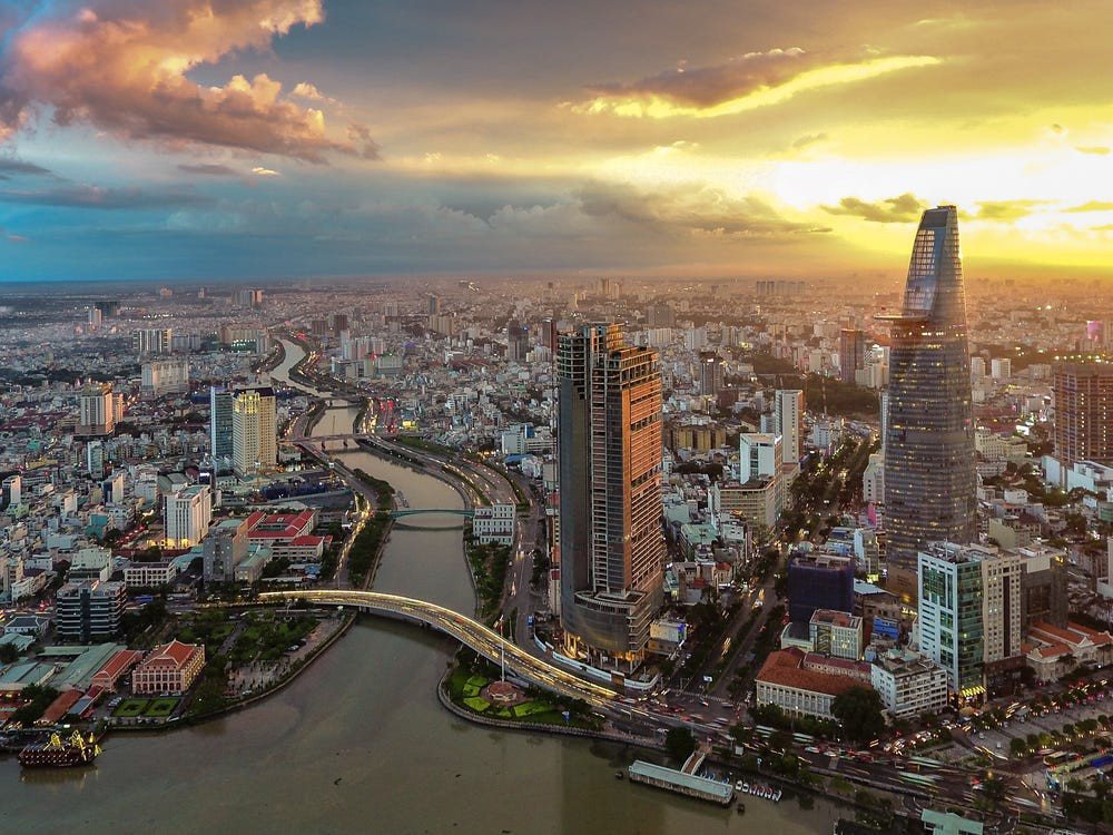 """Việt Nam vào top 10 nơi """"dễ sống"""" nhất với người nước ngoài - Ảnh 2."""